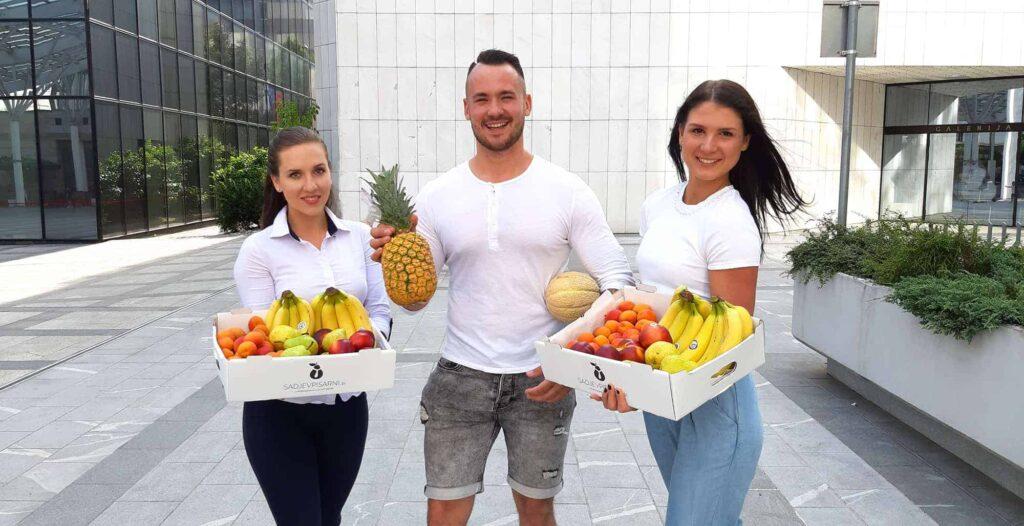 dostava sadja sadje v pisarni ekipa